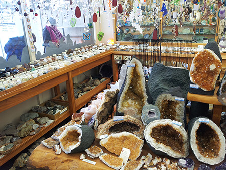 christchurch rock and mineral shop