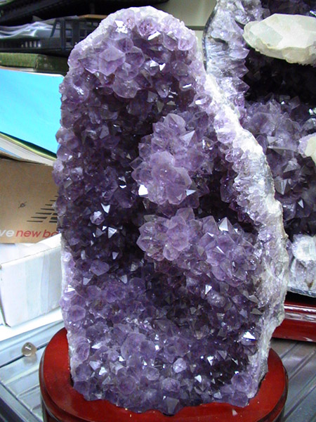museum quality amethyst geode